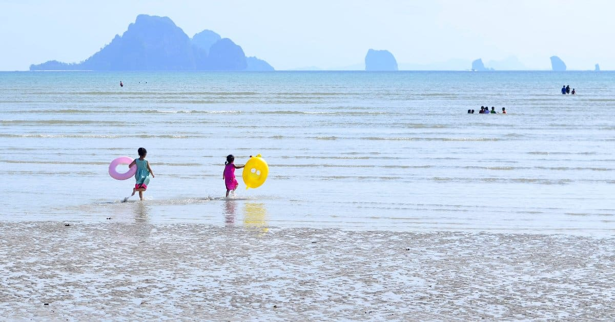 Travelling To thailand with kids