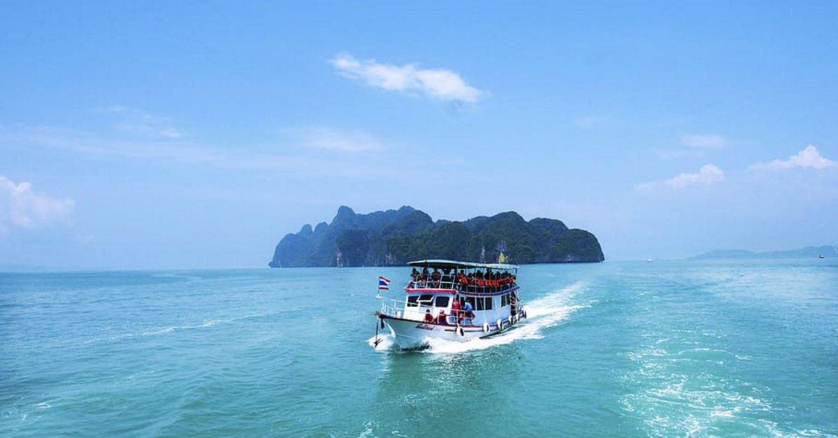 When should you fly to Thailand