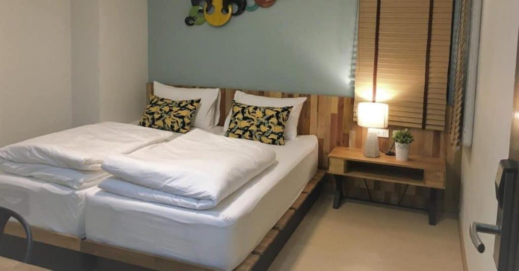 מלון בנגקוק סראן פושטל