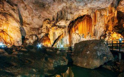 Diamond Cave